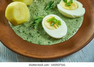 Frankfurter grune Sauce, Green sauce uncooked sauces based on herbs,nettle