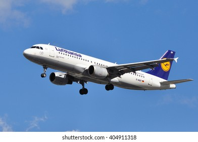 FRANKFURT,GERMANY-APRIL 07:Airbus A320-200 of LUFTHANSA over Frankfurt airport on April 07,2015 in Frankfurt,Germany.Lufthansa is a German airline and also the largest airline in Europe.