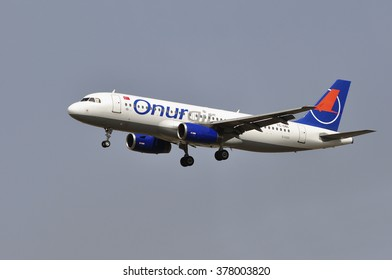 FRANKFURT,GERMANY-AUGUST 10: airplane of Onur Air above Frankfurt airport on August 10,2015 in Frankfurt,Germany.Onur Air is an airline with its headquarters in Istanbul, Turkey.