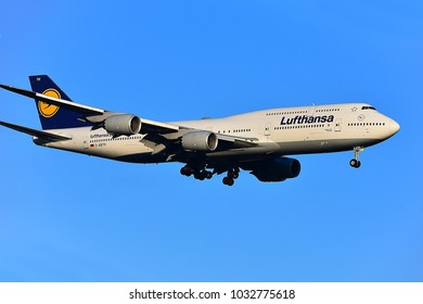 FRANKFURT,GERMANY-FEBRUARY 24,2018:  Lufthansa Airlines D-ABYH Boeing 747 lands at airport.