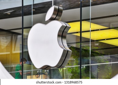 FRANKFURT,GERMANY-JUNE 02,2016:technology giant APPLE shopping center and logo. Apple Inc. is an American multinational technology company headquartered in California,United States.