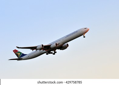 South African Airways Images, Stock Photos & Vectors | Shutterstock