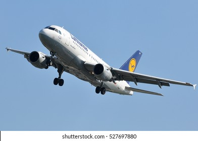 FRANKFURT,GERMANY-MAY 26:Airbus A319-100 of Lufthansa approaching Frankfurt airport on May 26,2016 in Frankfurt,Germany.Lufthansa-German airline and  largest airline in Europe.