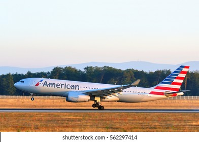 American Airlines Images, Stock Photos & Vectors | Shutterstock