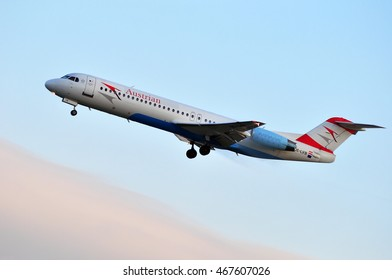 FRANKFURT,GERMANY-SEPT 24: Austrian Airlines Fokker 100 on September 24,2015 in Frankfurt,Germany.Austrian Airlines is the flag carrier of Austria and a subsidiary of the Lufthansa Group.