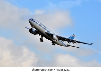 FRANKFURT,GERMANY-SEPT 24:Kuwait Airways Airbus A330-200 over the Frankfurt airport on August 22,2015 in Frankfurt,Germany.Kuwait Airways is the national airline of Kuwait.