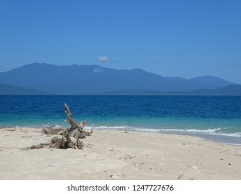 Frankland Islands, Australia