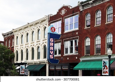 FRANKLIN, TN-AUGUST, 2015:  Historic downtown Franklin, Tennessee.  Franklin was settled over 200 years ago and was the site of one of the Civil War's biggest battles.