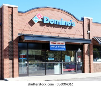 FRANKLIN, TN-OCTOBER, 2015:  New Domino's pizza franchise.  Domino's is one of the largest pizza franchises in the world with over 5,000 locations.