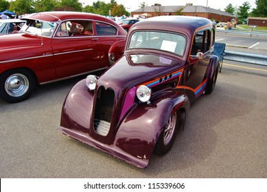 FREDERICK, MD- SEPTEMBER 16: 1936 Purple Ford 2 Door Classic Car on September 16, 2012 in Frederick , MD USA. Alzheimer's Association Benefit Car Show at Motor Vehicle Administration in Maryland.