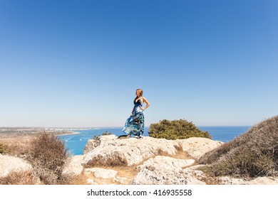 Free Happy Woman Enjoying Nature. Beauty Girl Outdoor. Freedom concept.