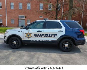 Imágenes, fotos de stock y vectores sobre Sheriff Office