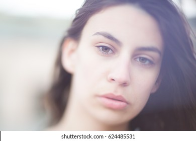 Freelensing photo of a young woman