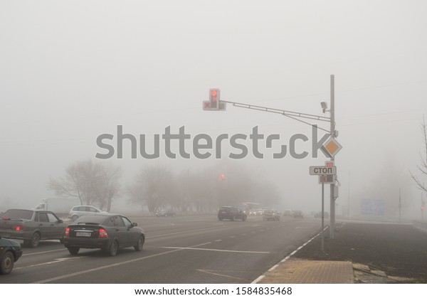 freeway-intersection-traffic-lights-dens
