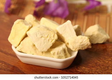 Freeze dry process of durian on wood background