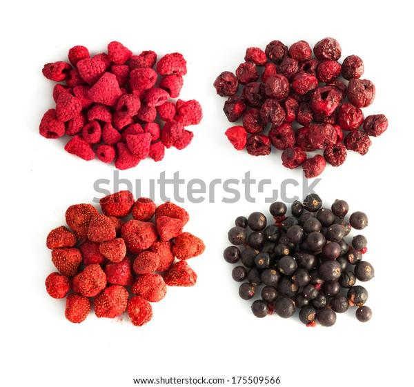 freeze-dried berries, blueberries, strawberries, raspberries, cherry