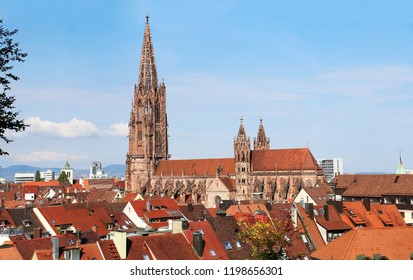 Freiburg minster without scaffolding