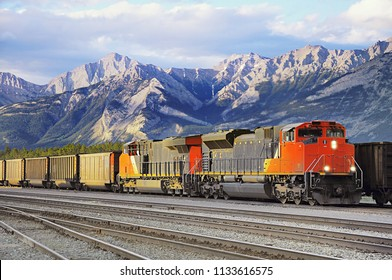 Freight train arrives to Jasoer. Alberta. Canada.