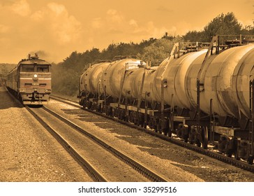 freight train carrying oil