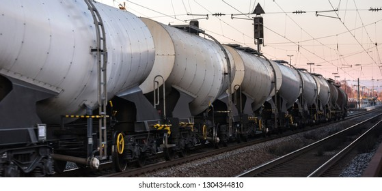 freight train fluid cargo cars