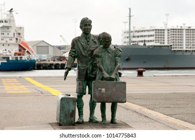 FREMANTLE, AUSTRALIA - October 6, 2017: Bronze memorial of a boy and girl migrants