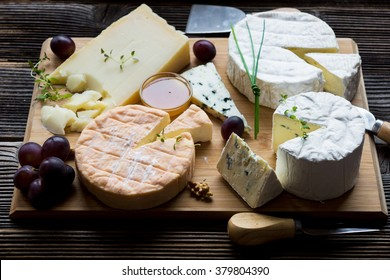 French cheese platter