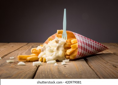 French fries whith mayonnaise