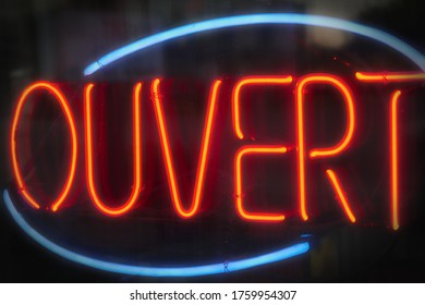 french open sign ouvert neon light