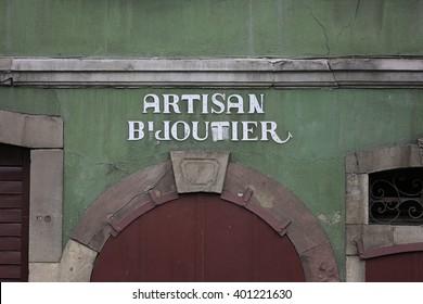"French sign ""Artisan bijou tier"" Jewelry craftsmen"