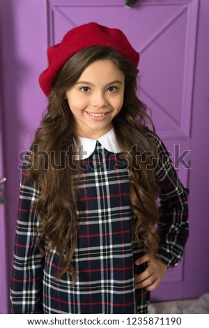 df6ae46b3da French style beret hat. How wear beret like fashion girl. Kid little girl  with
