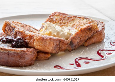 French Toast with Mascarpone and Berry Compote