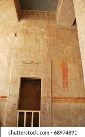 fresco on wall in temple of Hatshepsut