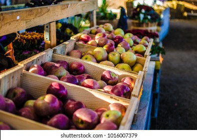Fresh apples at a framers market on Long Island, New York