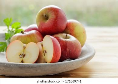 Fresh apples in fruit bowl