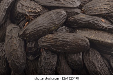 fresh aroma tonka beans background