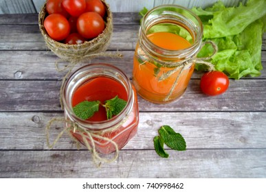 Fresh autumn drinks, tomato, lettuce and mint