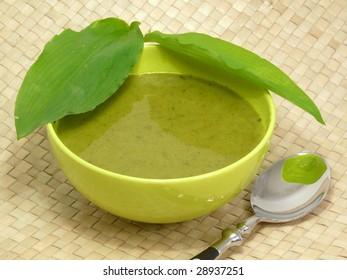 fresh bear allium soup