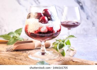 Fresh Berry Chia Pudding. Cherry Chia Pudding. Vegan Chia Seed Pudding Parfait.