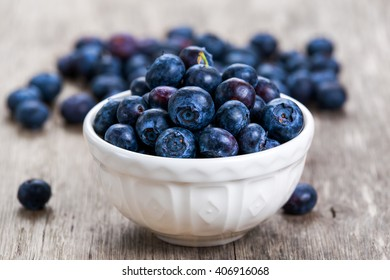 Fresh Blueberry in bowl. concept for healthy eating.