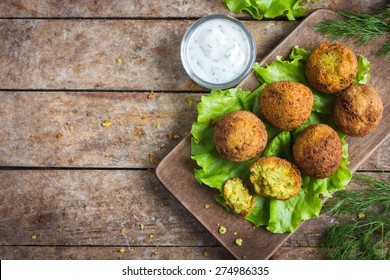 fresh chickpeas falafel  with tzatziki sauce, top view
