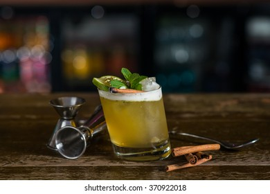 Fresh cocktail with mint and cinnamon
