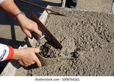 Fresh concrete sampling for testing