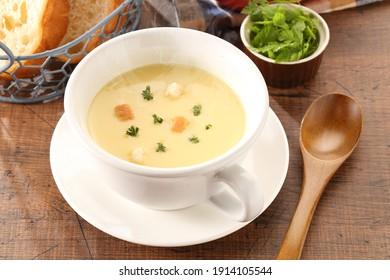 Fresh corn cream soup in bowl