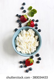 Fresh cottage cheese and berries for healthy eating