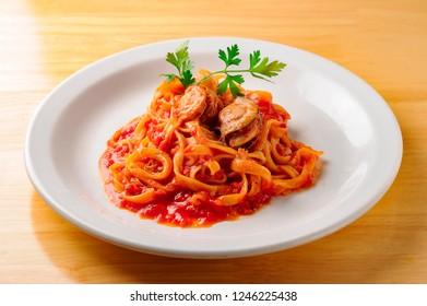 Fresh and delicious tomato pasta