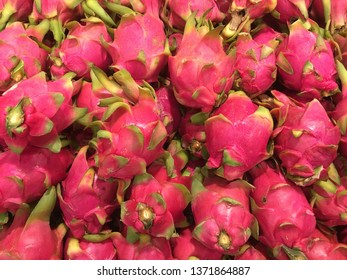 Fresh dragon fruit is sold in supermarkets.