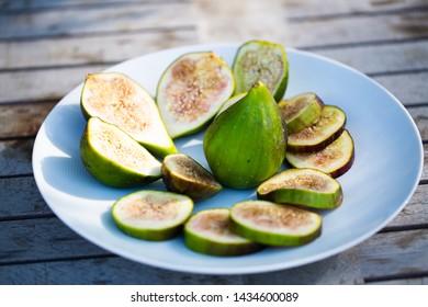 fresh figs on garden table