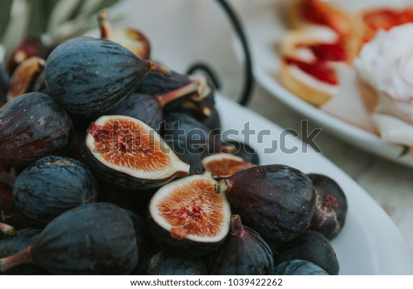 fresh figs on a platter