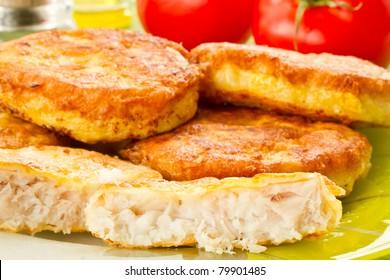 fresh fish fillets fried in batter