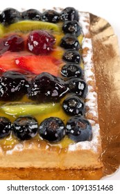 fresh fruit cake with jelly